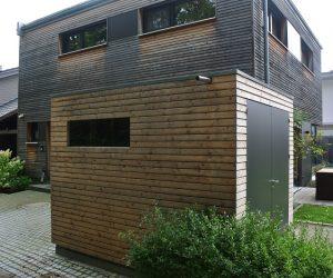 Gartenhaus mit Schiebetüren